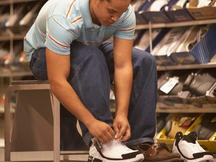 Yalnış ayakkkabı ayak şişliği yapar mı?