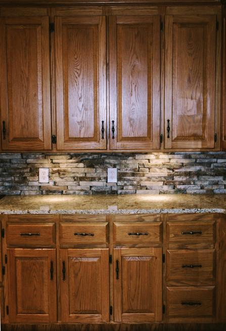 Kitchen Backsplash in Stone