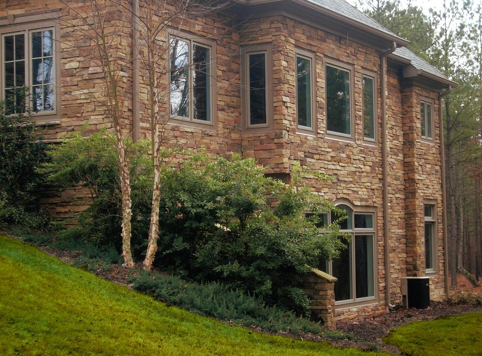 Solid Stone Estate