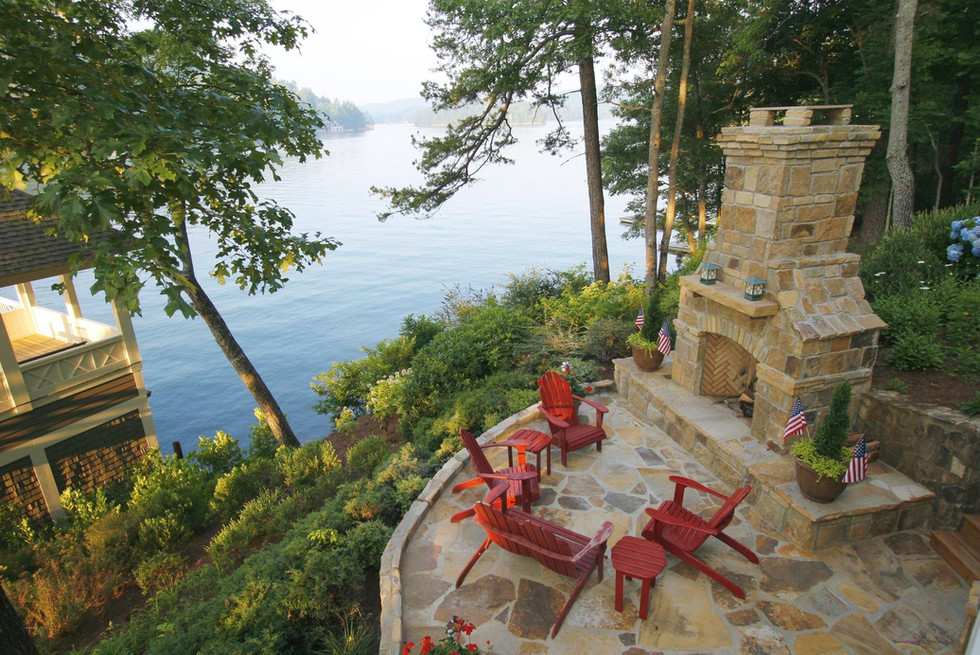 Outdoor Living Lakeside Fireplace Patio