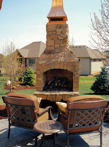 Cozy Outdoor Firplace in Backyard