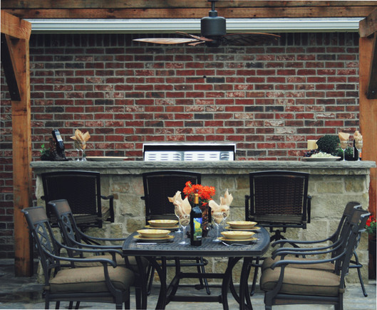 Outdoor Dining Room with Kitchen