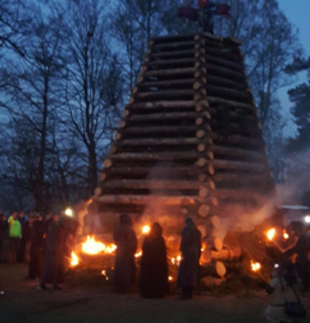Starkov Čarodejnice bonfire