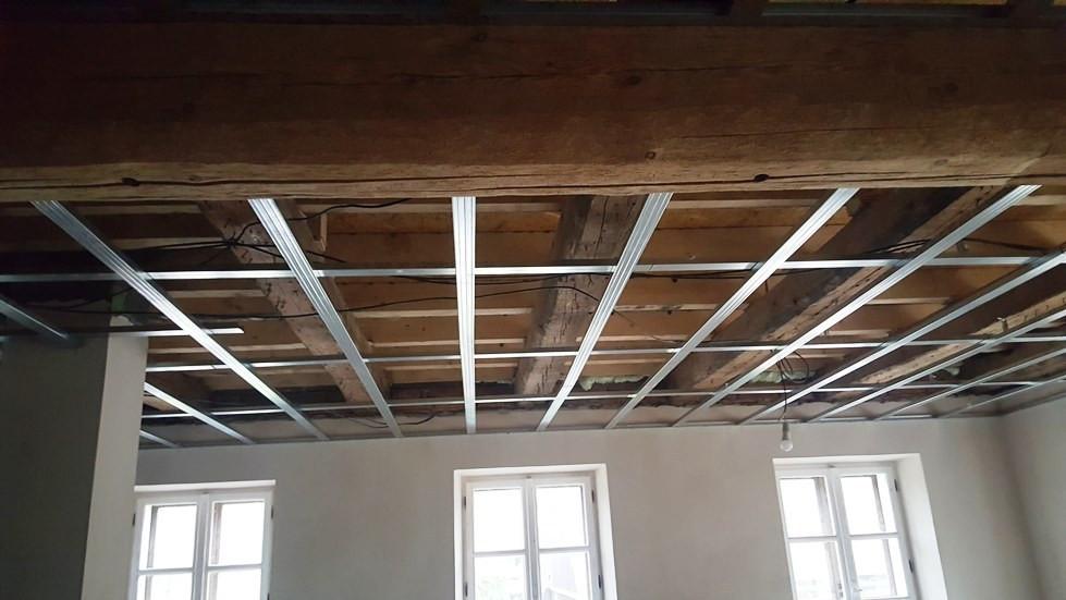 ceiling before plasterboards