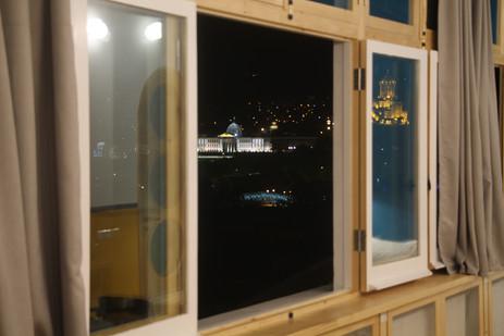Le Balcon Windows