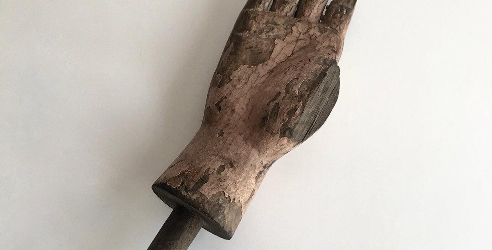 Saint hand