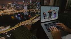laptop-night-v1