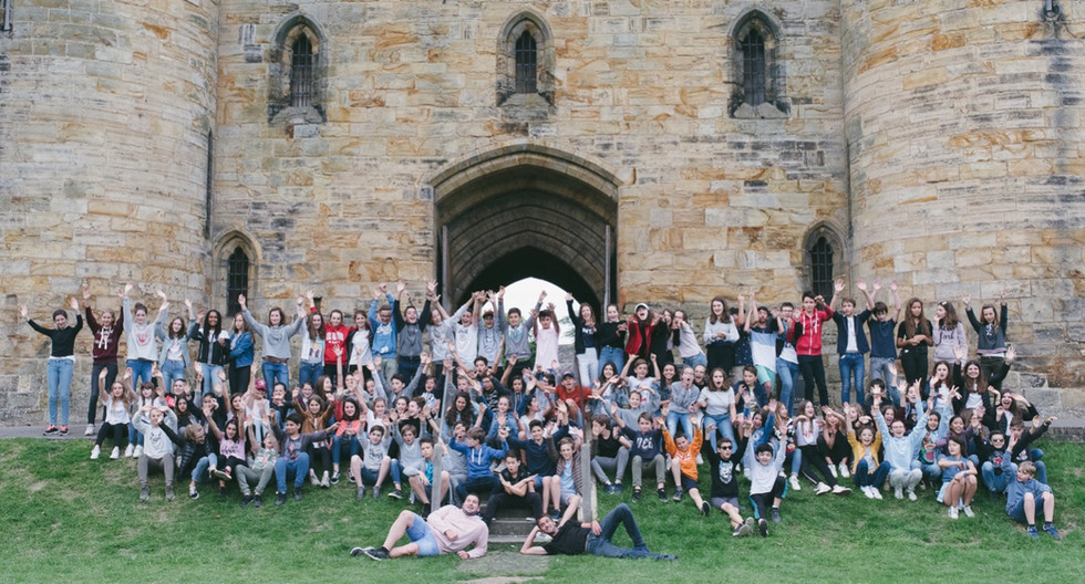 Foreign Student Group Visits Tonbridge