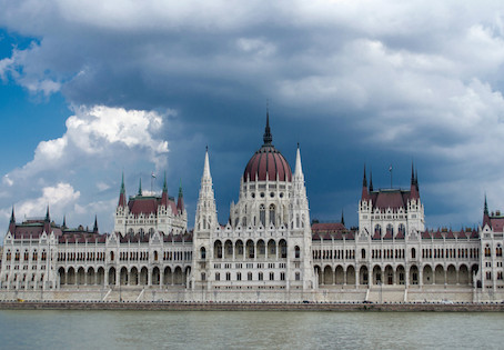 Hiring Hungarian Translation Services: The Top 3 Risks