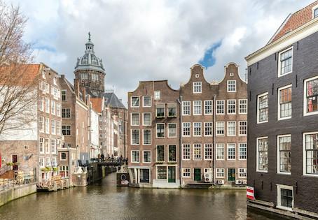 Hiring Dutch Translation Services: The Top 3 Pitfalls