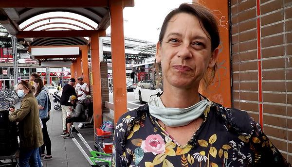 """Das Foto zeigt Jutta Landkotsch, Inhaberin des Kölner Unternehmens """"DEINspeisesalon""""."""