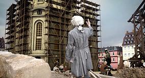 Das Bild zeigt eine animatierte Rekonstruktion des Baus der Frauenkirche in Dresden.