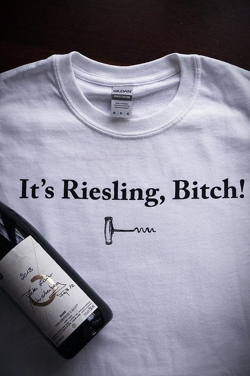 Adega T-shirt 'It's Riesling Bi**h'