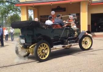 1911-Stanley-Steam-Car-300x211.jpg