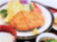 まずは…「ホロルの湯」で昼食
