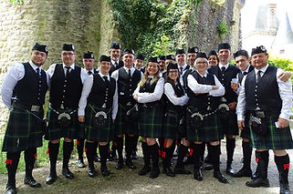 Aquitaine-Highlanders-Pipe-Band--Bressui