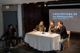 Exponiendo en la Embajada de Chile en Buenos Aires