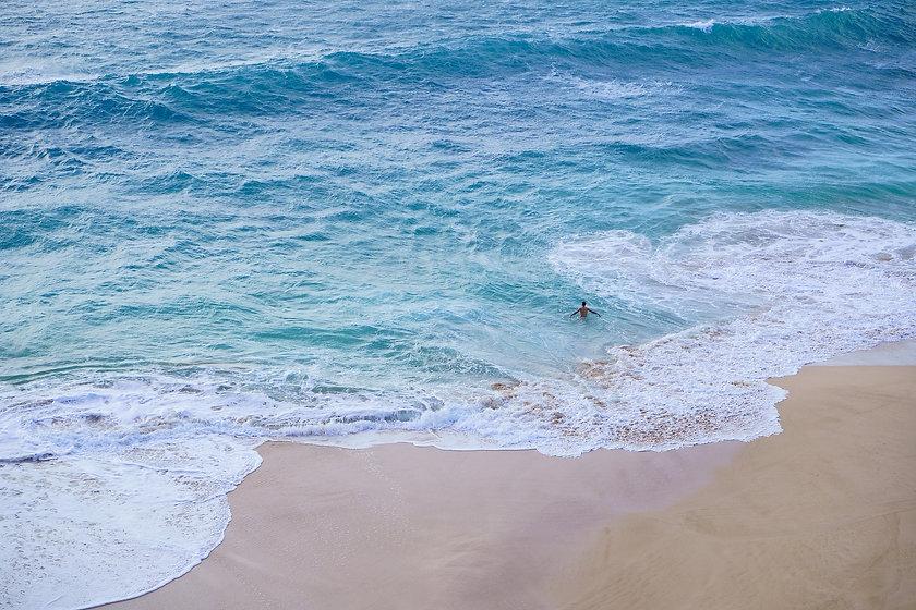 beach-4923130_1920.jpg