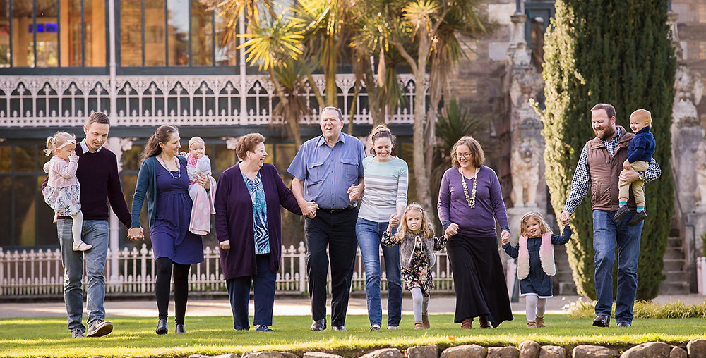 Extended family photo shoot at Larnach Castle, Dunedin, New Zealand