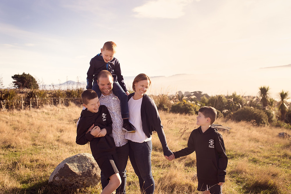 Family portrait in a distinctly New Zealand setting in Dunedin