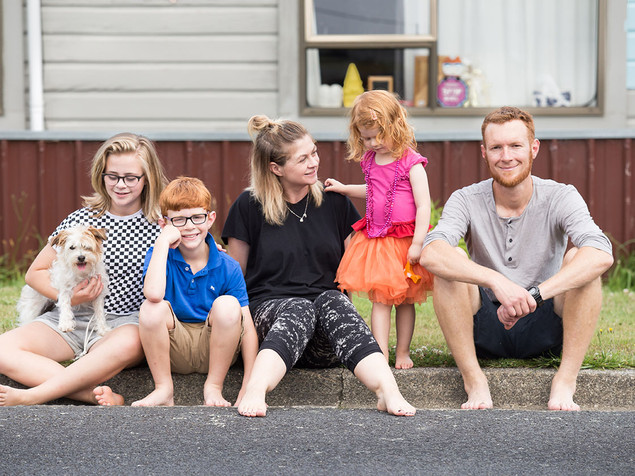 Natural lifestyle family photography in Dunedin