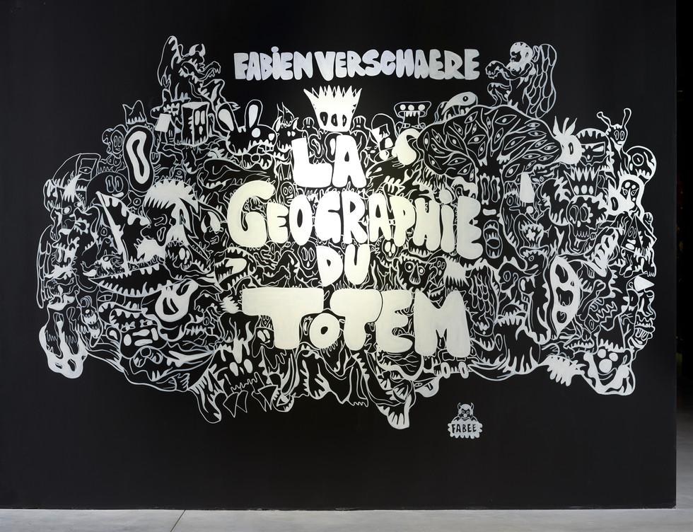 Entrée de l'exposition La Géographie du Totem