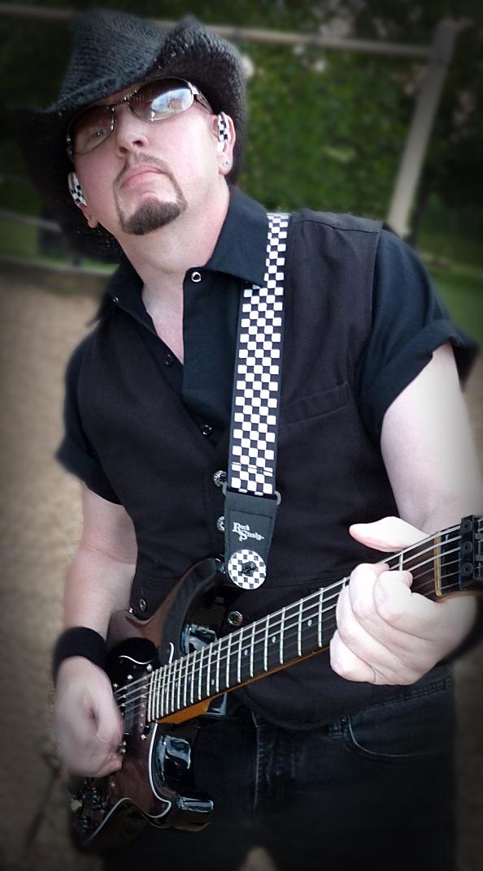 Guitarslinger  & Blackie