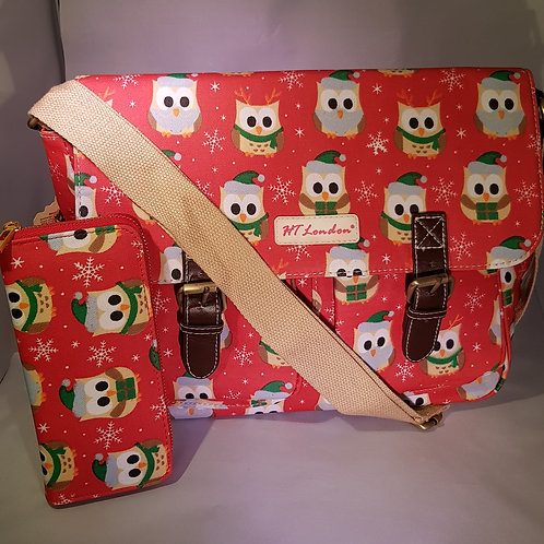 HT21812.  Christmas Owl Oil Cloth Satchel & Purse