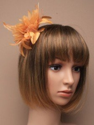 5318.  Gold feather flower fascinator