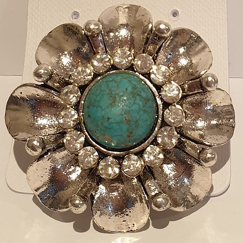 Lovely Elasticated silver toned flower ring