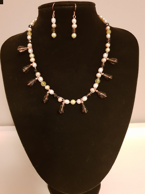 Cultured Pearl, Shell & Smokey Quartz beaded necklace & matching earrings se