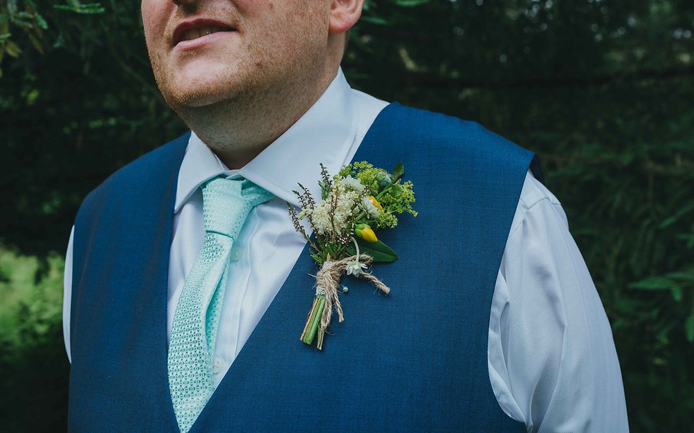 Grooms buttonhole using locally grown flowers by Hollow Meadows Flowers, Sheffield and the Peak District. Photo - Luis Calow photography