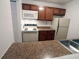 Cedarbrook 1Bed Kitchen