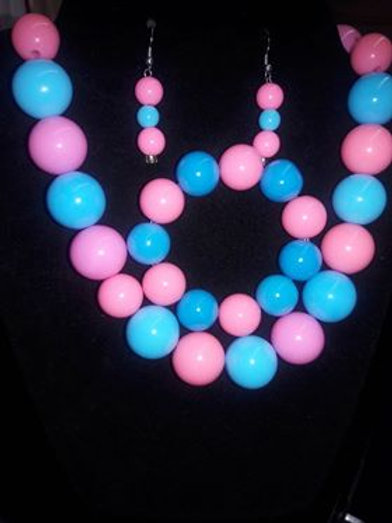 Pink and Blue bubble gum