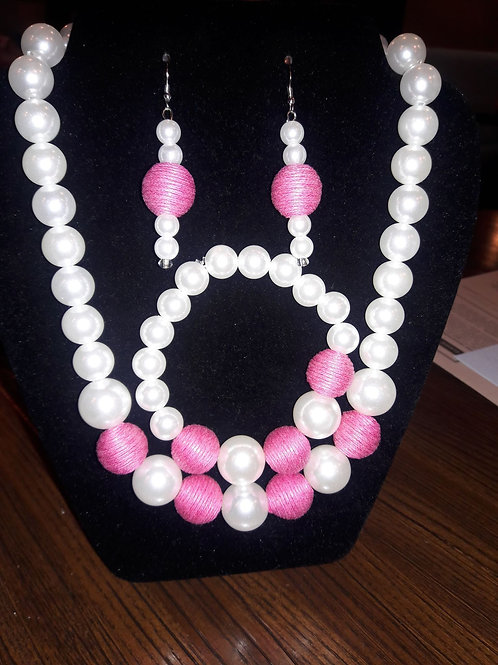 Classic Pink and Pearl Necklace Set