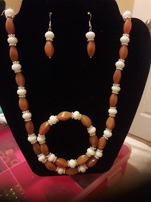Long Caramel Silver and White Necklace with Bracelet and earrings