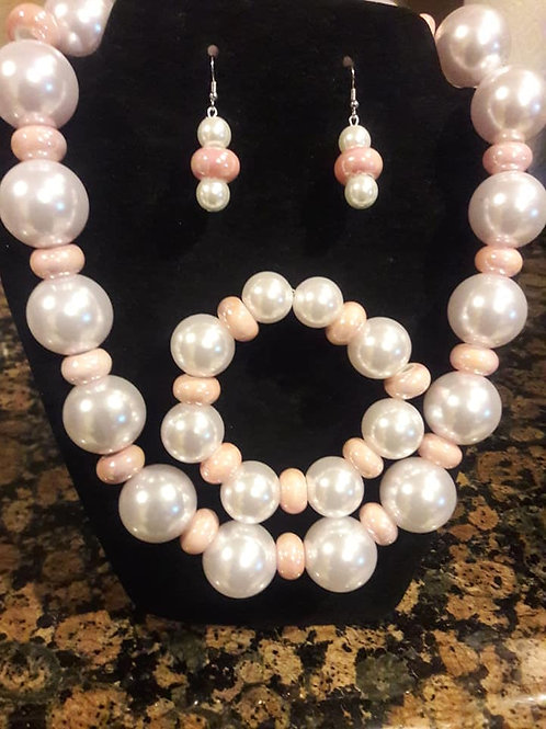 Pink and Pearl Neck Lace