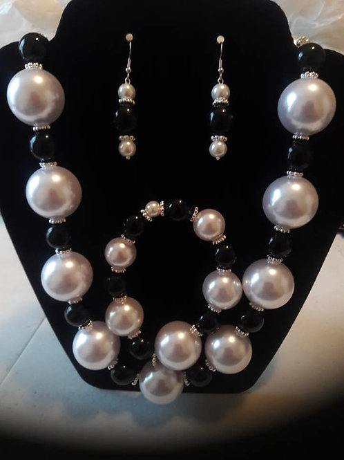 Pearl, Black, and Silver 3 Piece Set.