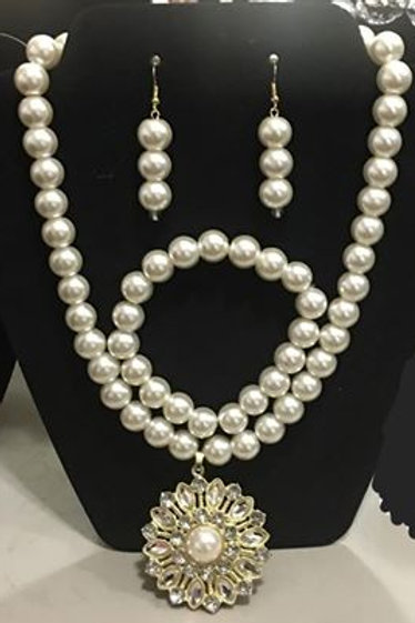 Pearl with Pearl Pendant 3 piece set