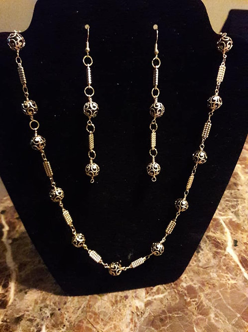 Black and Gold Chain Necklace/Earring Set