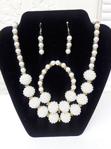Sparkling 3 pc Pearl Necklace