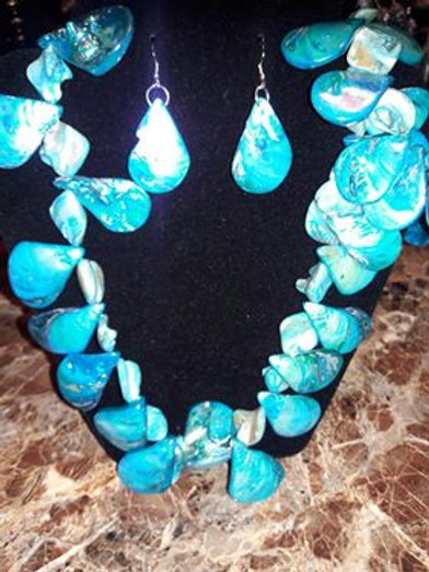 Shell Necklace and Earrings Set