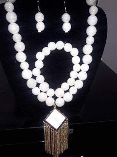 Classy 3 pc Necklace Set