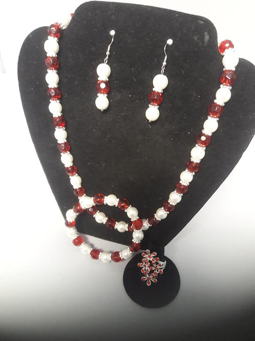 Red&White Beaded Necklace Set