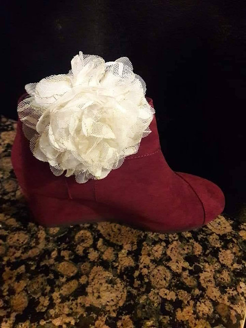 Ivory Flower Shoe Ornament