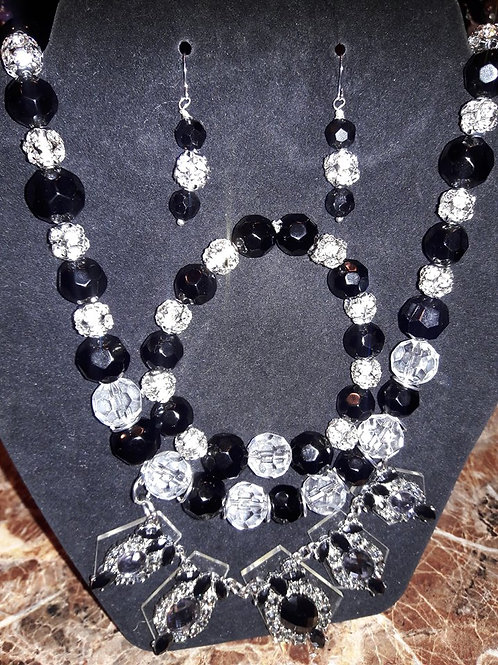 Classic White & Black 3 pc Necklace Set