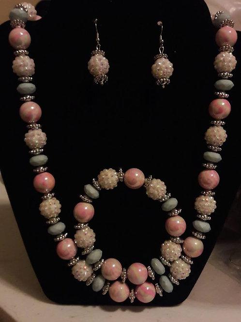 Marshmallow Necklace Set