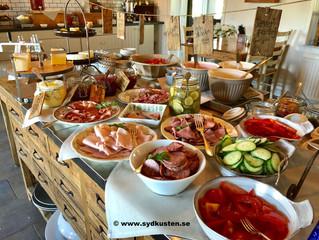 Frukost på Mossbylund