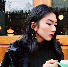Lynda Zhou
