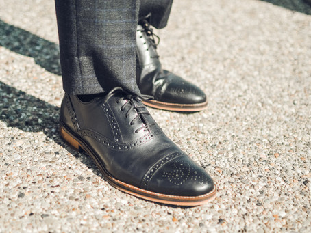 How to Buy Black Dress Shoes